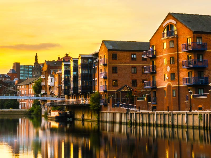 Leeds — a guide to the local area